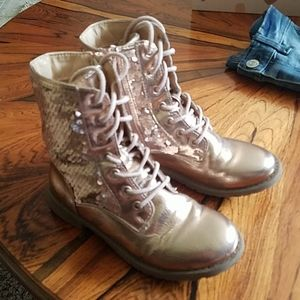 Children's Place size 13 rose gold boots